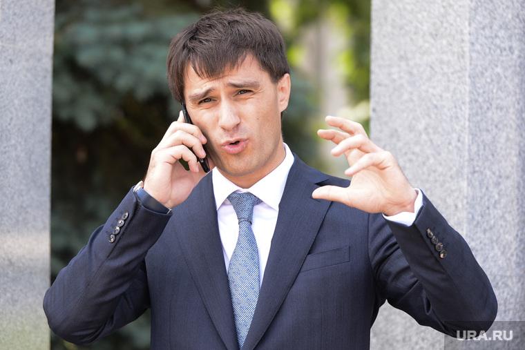 Гаттаров Руслан Усманович вице-губернатор Челябинской области