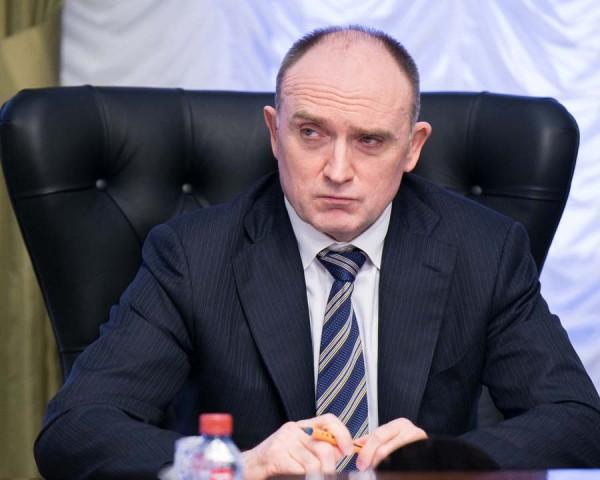 Глава экзаменационного отделения магнитогорской автомобильной инспекции схвачен заполучение взяток
