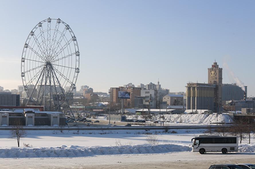 Ивсе-таки оно вращается! ВЧелябинске запустили колесо обозрения 13января